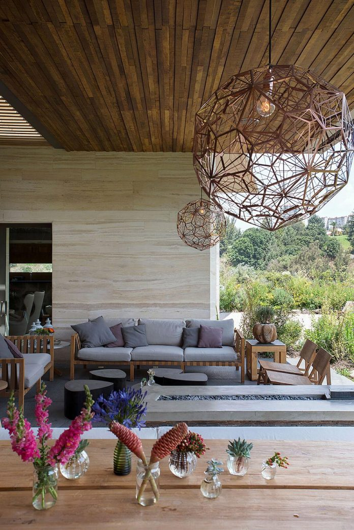vieyra-arquitectos-design-beautiful-home-lomas-country-golf-club-house-02
