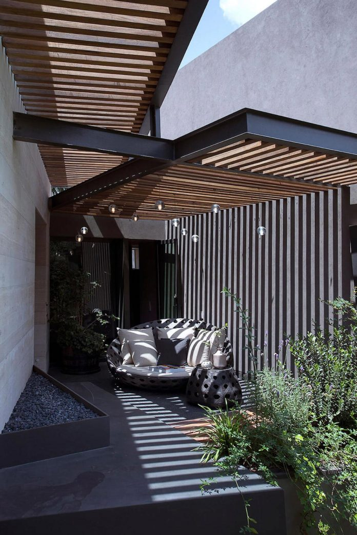 vieyra-arquitectos-design-beautiful-home-lomas-country-golf-club-house-05