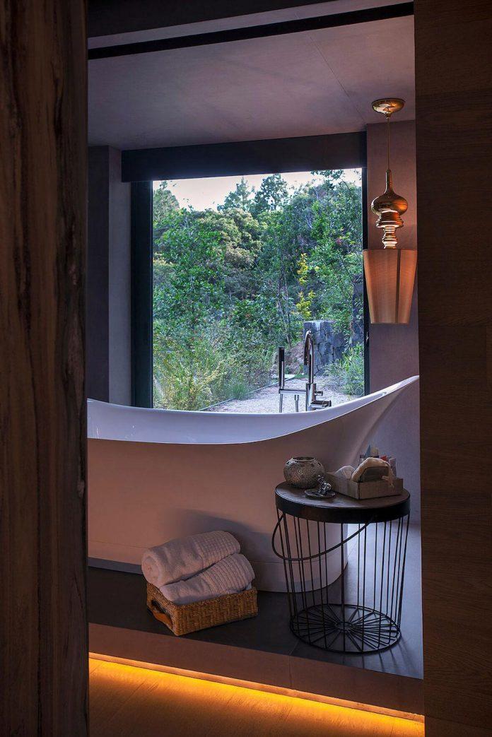 vieyra-arquitectos-design-beautiful-home-lomas-country-golf-club-house-15
