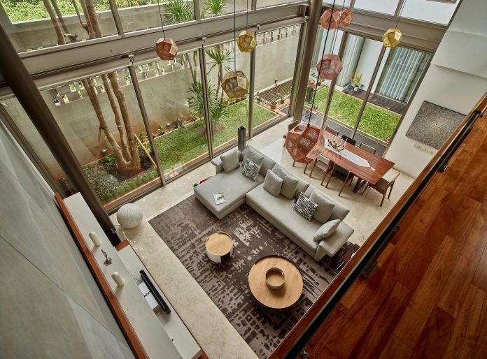wirawan-tropical-open-house-designed-raw-architecture-07
