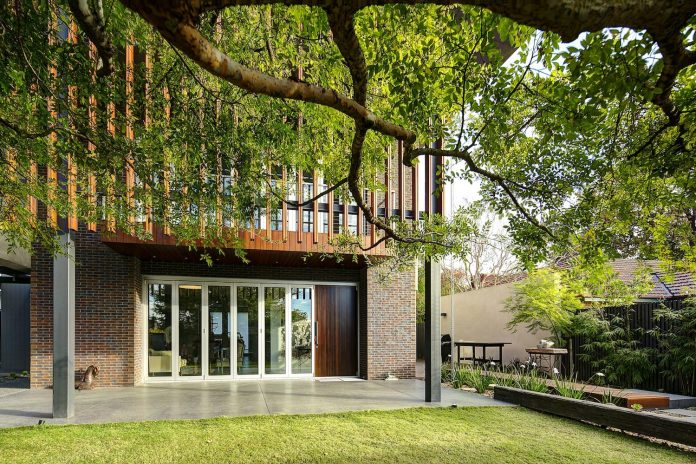 wolf-architects-design-wolf-house-modern-villa-contemporary-chinese-garden-lots-cool-features-34