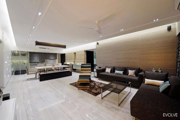 2000 Square Foot Apartment In Mumbai With 4 Bedrooms Which