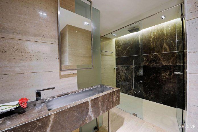 2000-square-foot-apartment-mumbai-4-bedrooms-different-terms-design-theme-19