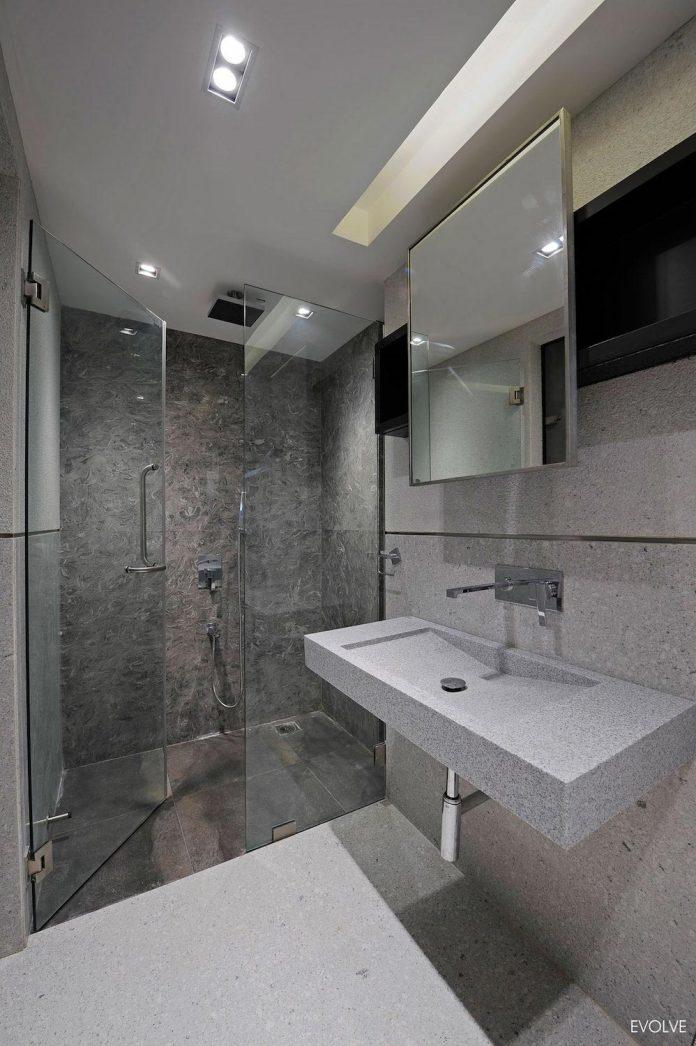2000-square-foot-apartment-mumbai-4-bedrooms-different-terms-design-theme-21
