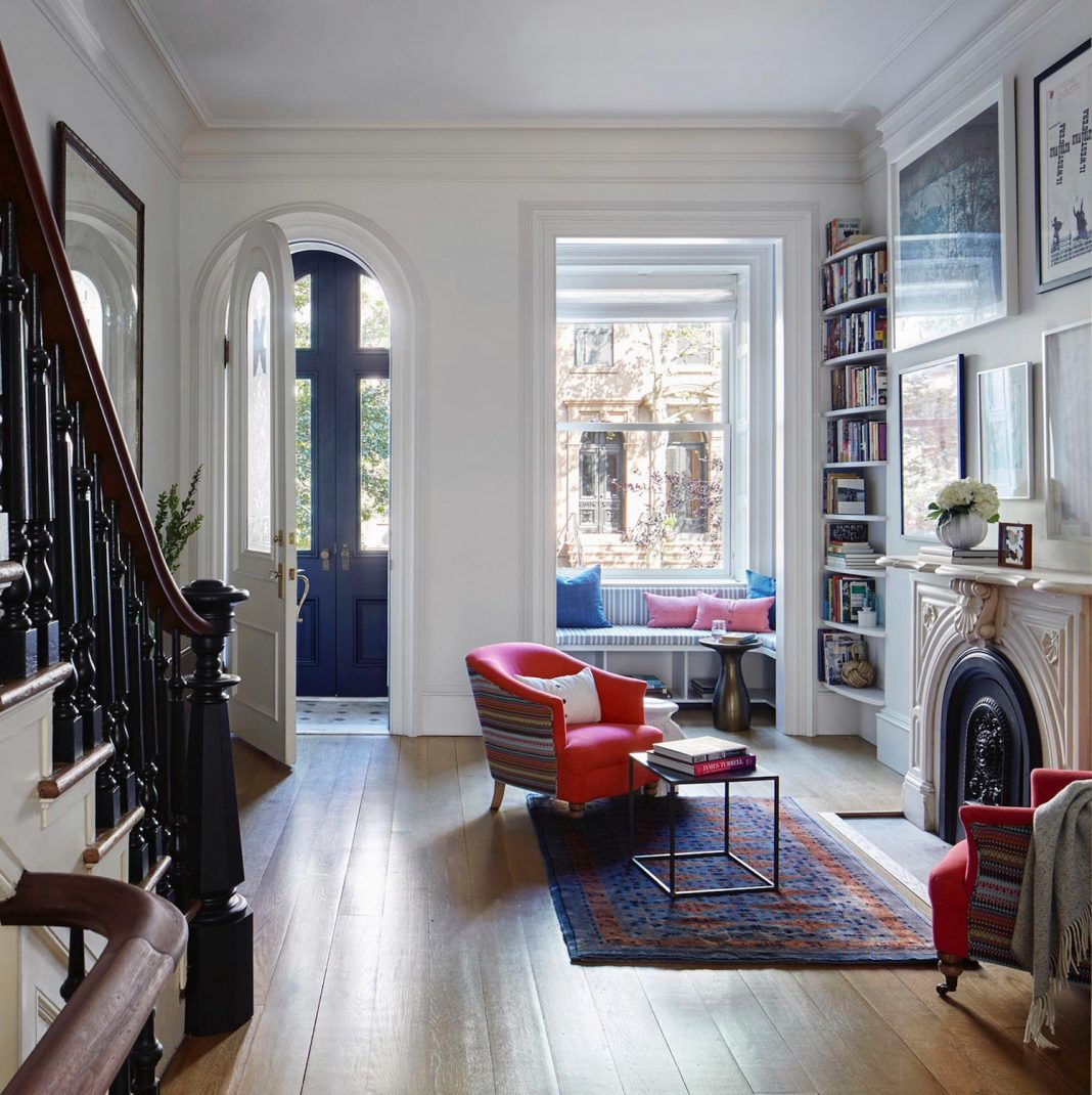 4 story italianate row carroll gardens townhouse in for Living room brooklyn 86 st