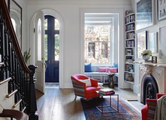 4 story Italianate row Carroll Gardens Townhouse in Brooklyn, New York redesigned by Lang Architecture