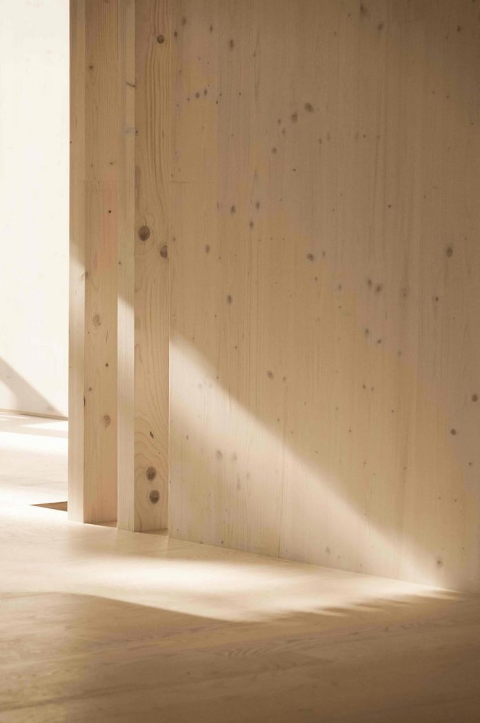 52-cubic-wood-material-innocent-never-architect-13