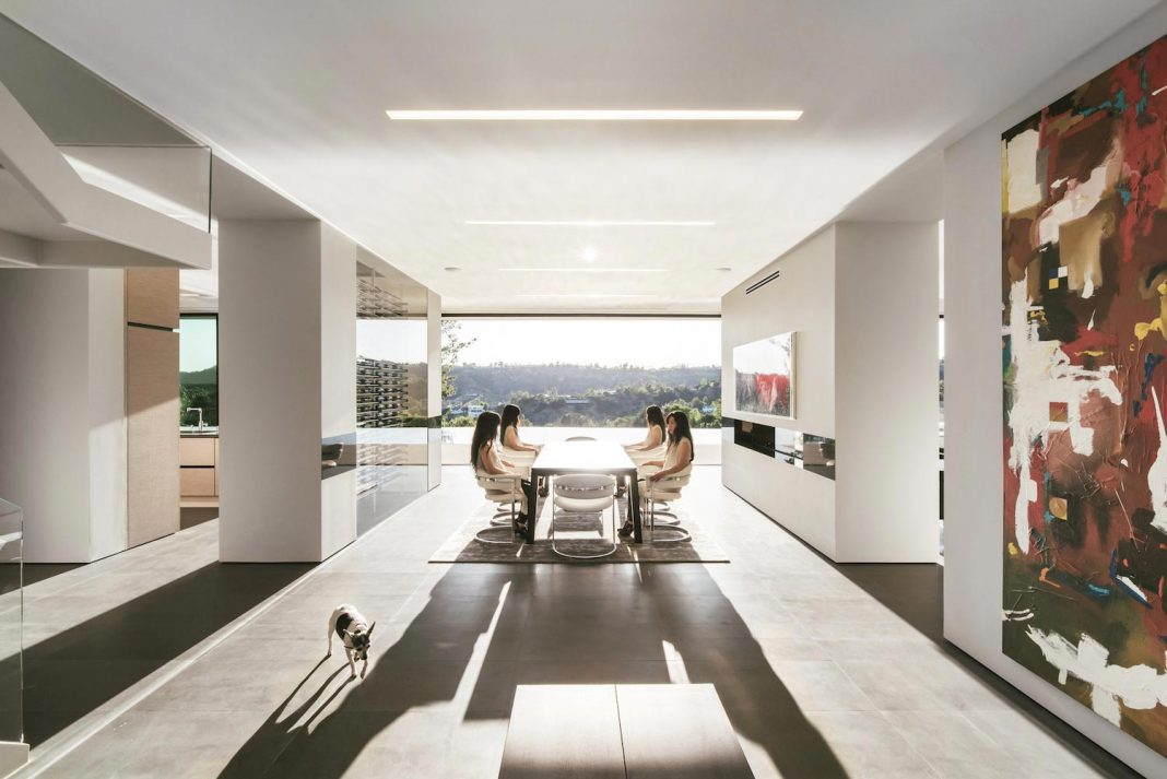 5,500SF ground-up Beverly Hills Home located at the crest of the Benedict Canyon hillsides