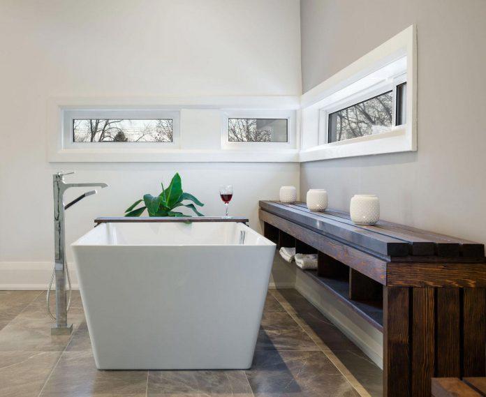 Alva Roy Architects Design The Garden Void Single Family