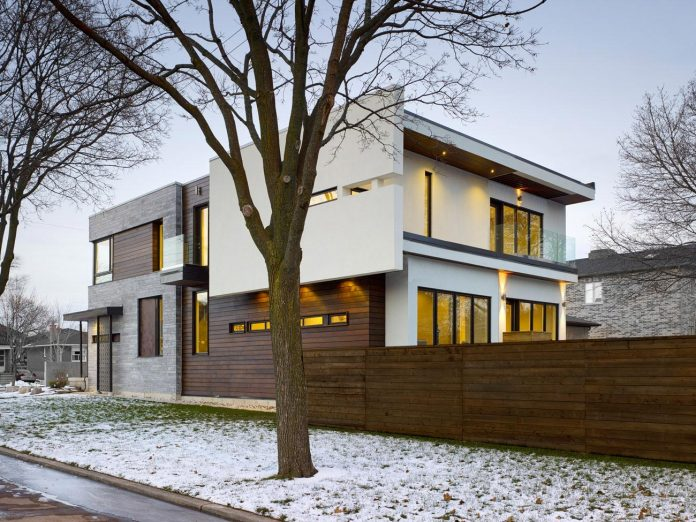 alva-roy-architects-design-garden-void-single-family-two-story-house-toronto-canada-12