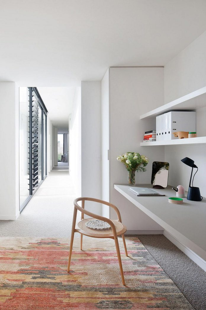 behind-unassuming-facade-courtyard-house-opens-reveal-pared-back-design-response-mixed-luxurious-materials-practical-detailing-27
