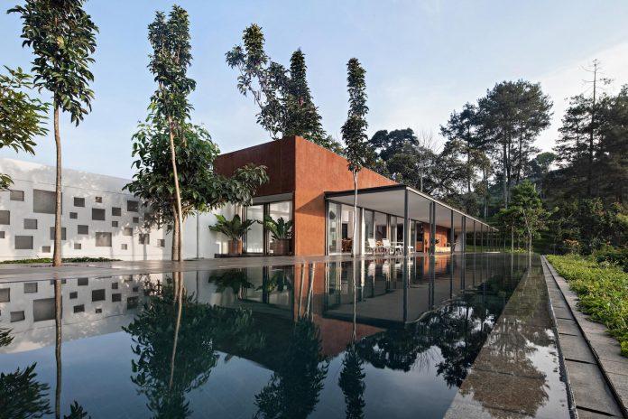 brg-house-tan-tik-lam-architects-one-floor-living-concept-service-quarters-floor-02