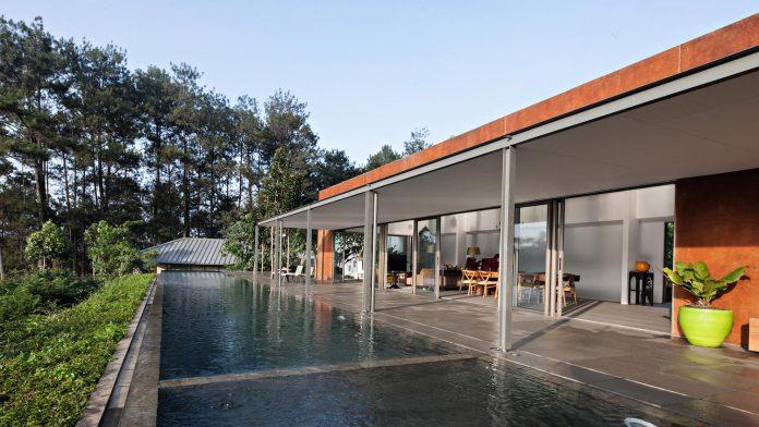 brg-house-tan-tik-lam-architects-one-floor-living-concept-service-quarters-floor-04