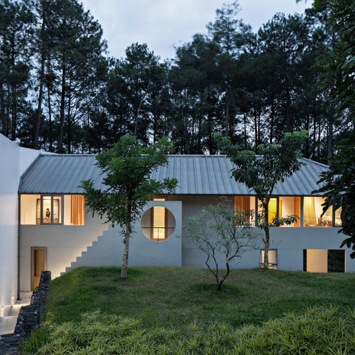 brg-house-tan-tik-lam-architects-one-floor-living-concept-service-quarters-floor-06