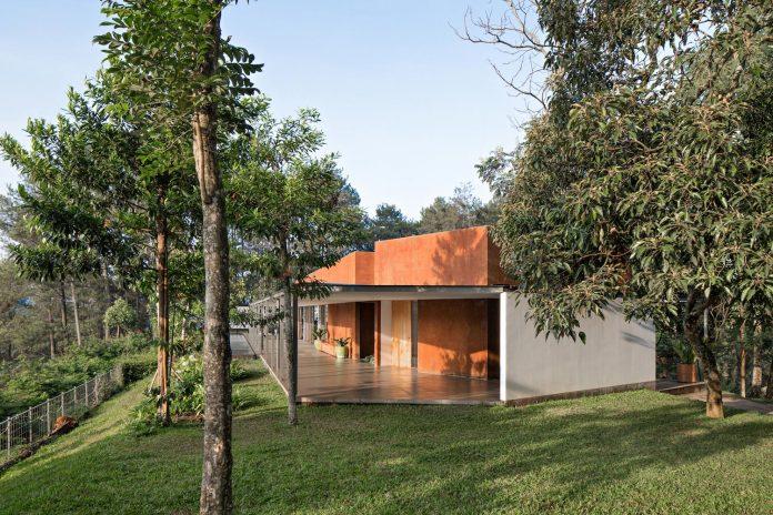 brg-house-tan-tik-lam-architects-one-floor-living-concept-service-quarters-floor-09