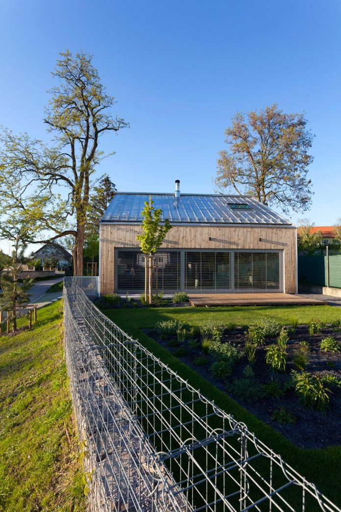 calvary-family-residence-designed-architekti-sercel-svec-06