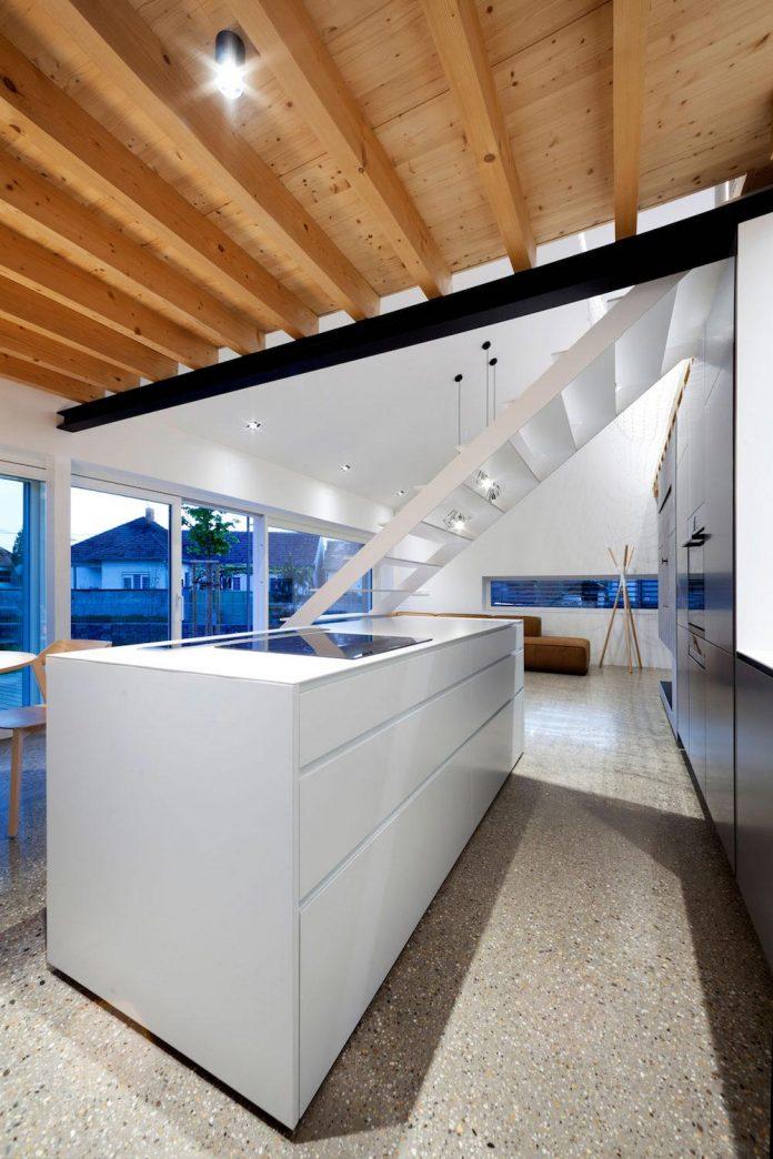 calvary-family-residence-designed-architekti-sercel-svec-10