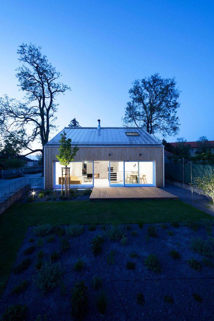 calvary-family-residence-designed-architekti-sercel-svec-14