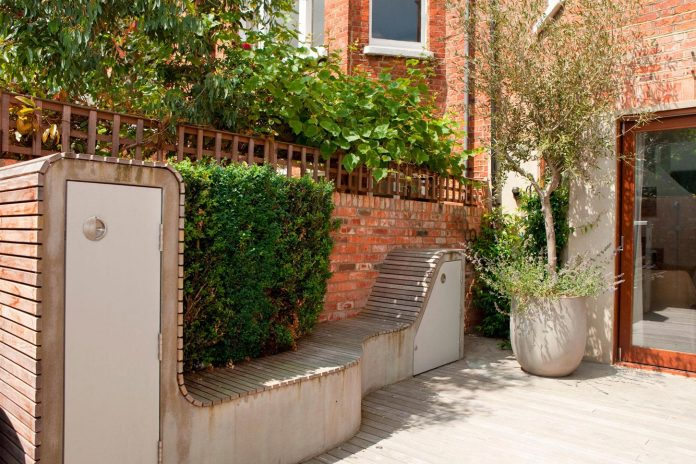 canfield-gardens-townhouse-designed-unique-take-minimalism-02