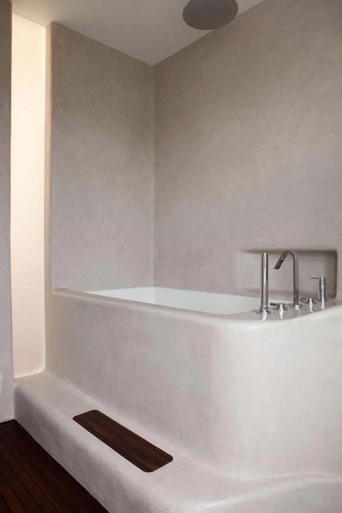 canfield-gardens-townhouse-designed-unique-take-minimalism-12