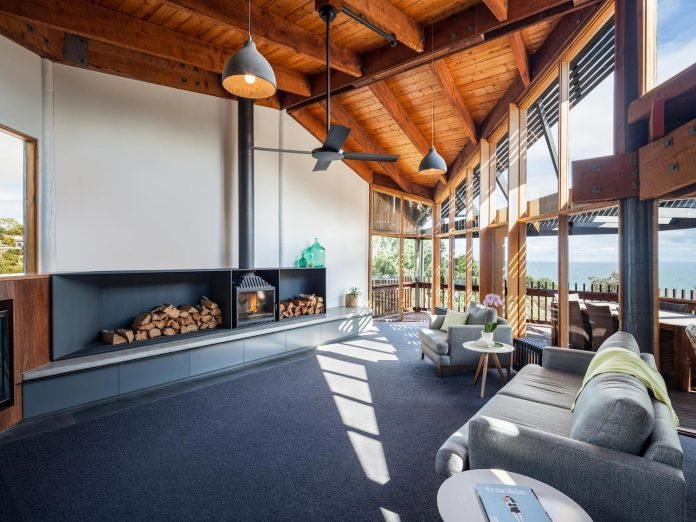 contemporary-chamfer-house-revisits-post-beam-dwelling-designed-1977-kevin-borland-07