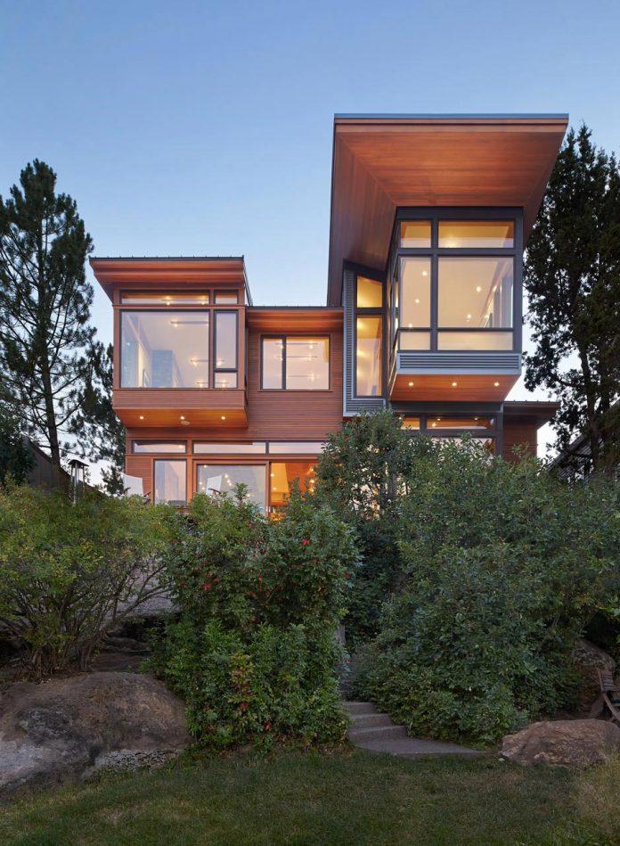 deschutes-house-located-urban-site-facing-deschutes-river-bend-oregon-21