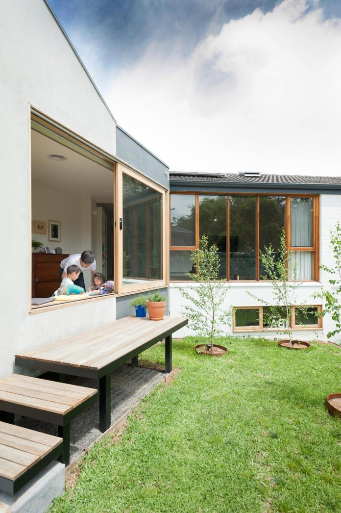 doncaster-house-renovation-1970s-brick-weatherboard-dwelling-large-triangular-site-06
