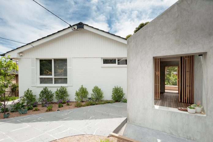 doncaster-house-renovation-1970s-brick-weatherboard-dwelling-large-triangular-site-16