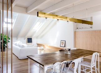 Emme Elle Apartment: attic becoming an extension of the apartment located on the lower floor