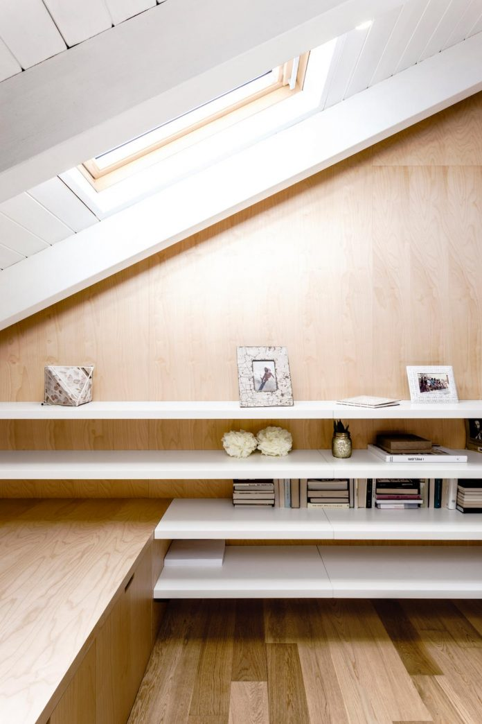 emme-elle-apartment-attic-becoming-extension-apartment-located-lower-floor-15