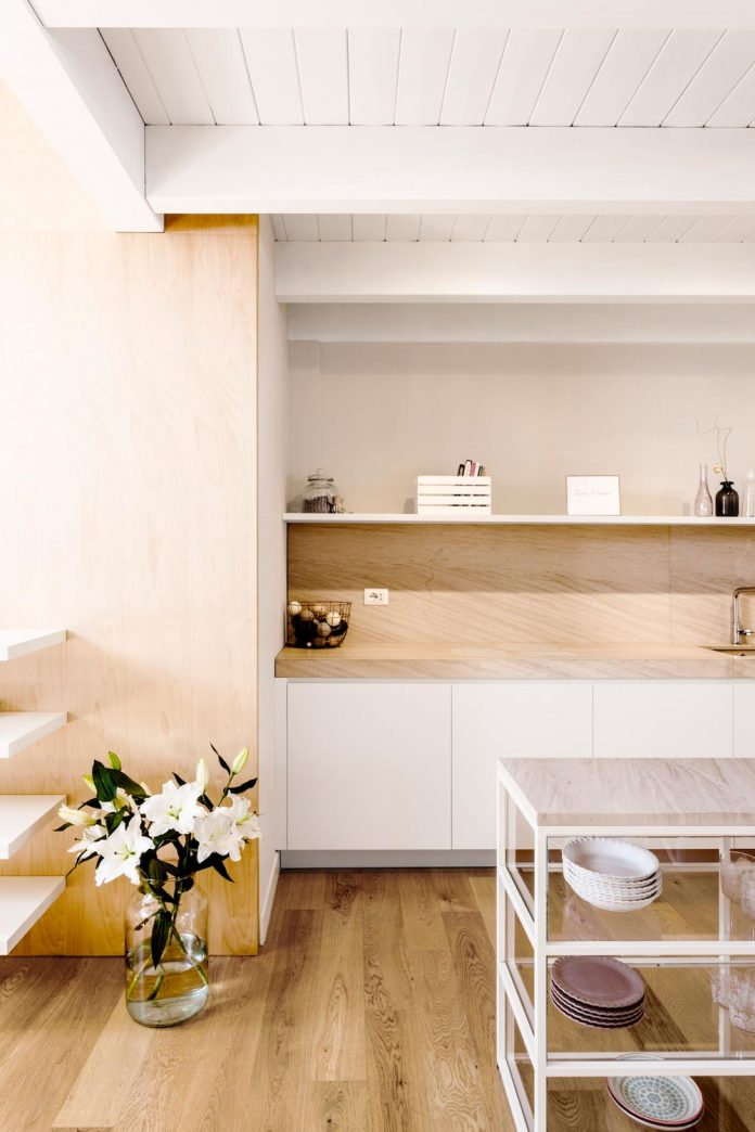 emme-elle-apartment-attic-becoming-extension-apartment-located-lower-floor-16