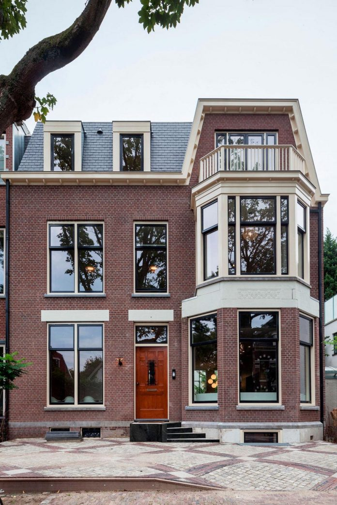 former-museum-kralingen-transformation-luxury-home-located-one-oldest-streets-rotterdam-06