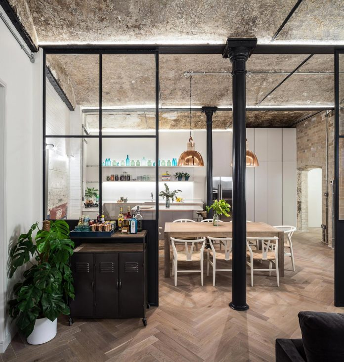 former-victorian-bakery-building-converted-high-end-contemporary-home-05