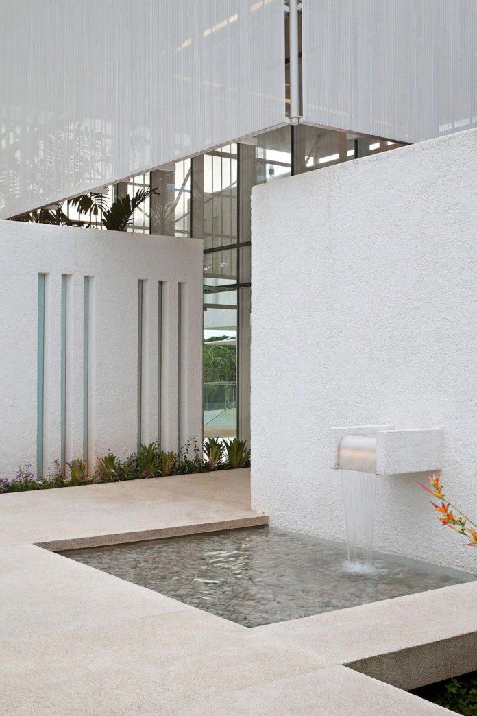 home-designed-young-family-two-small-children-lago-sul-qi-25-brasilia-04