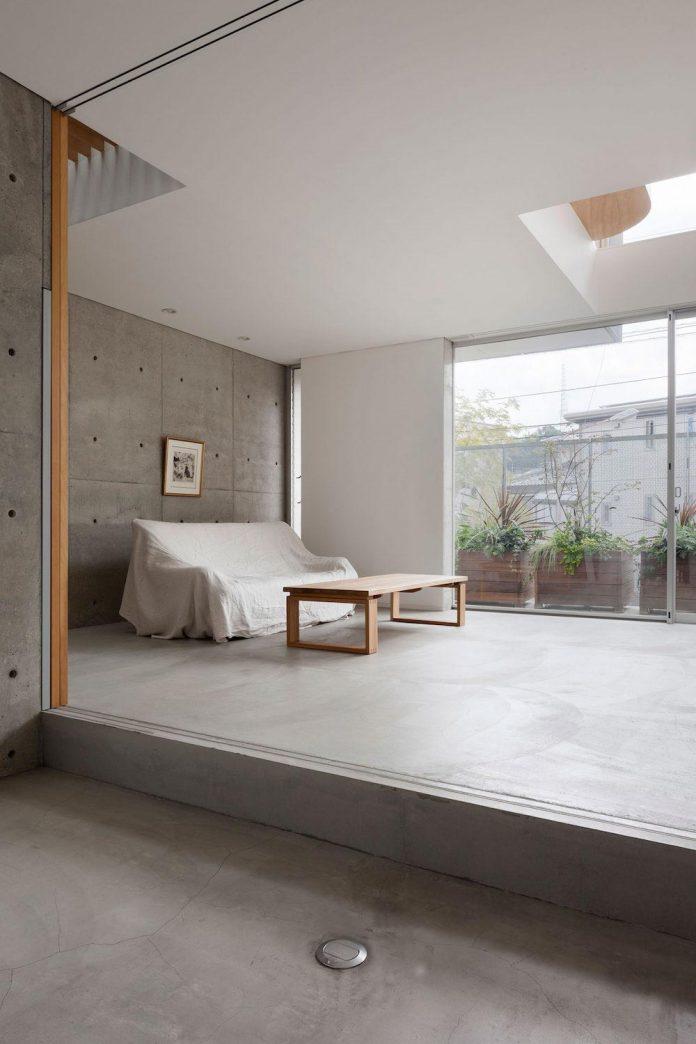 house-midorigaoka-triple-tiered-nine-twenty-two-meters-plot-land-tuck-garage-04