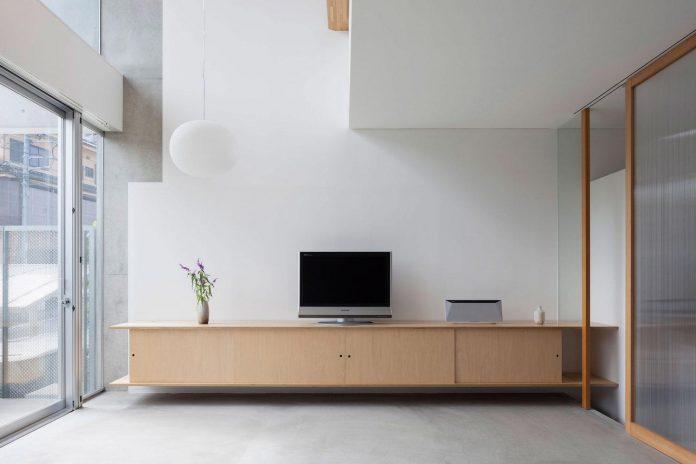 house-midorigaoka-triple-tiered-nine-twenty-two-meters-plot-land-tuck-garage-06