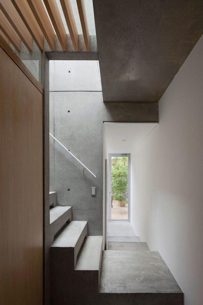 house-midorigaoka-triple-tiered-nine-twenty-two-meters-plot-land-tuck-garage-10