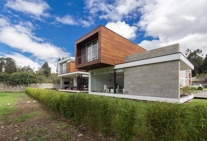 house-py-nice-big-vain-glazed-designed-modularq-arquitectura-01
