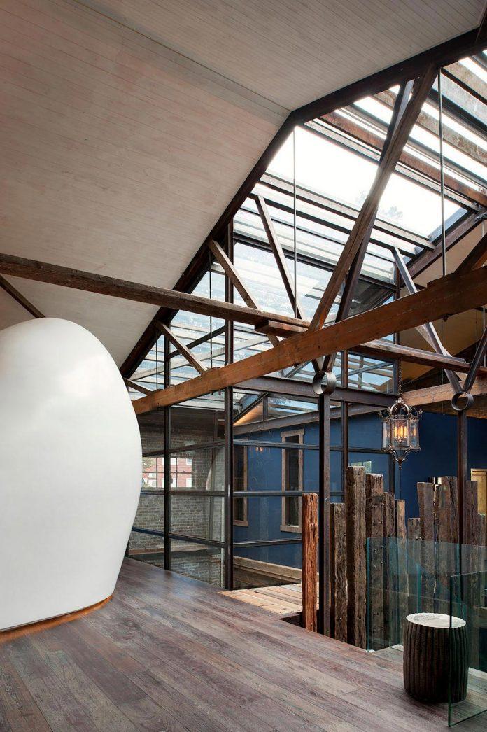 innovative-cutting-edge-modelling-fabrication-technologies-used-create-sophisticated-bespoke-retreat-07