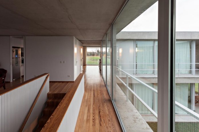 lamas-house-project-intended-criticism-type-detached-house-typical-villa-07