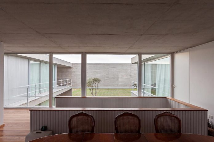 lamas-house-project-intended-criticism-type-detached-house-typical-villa-09