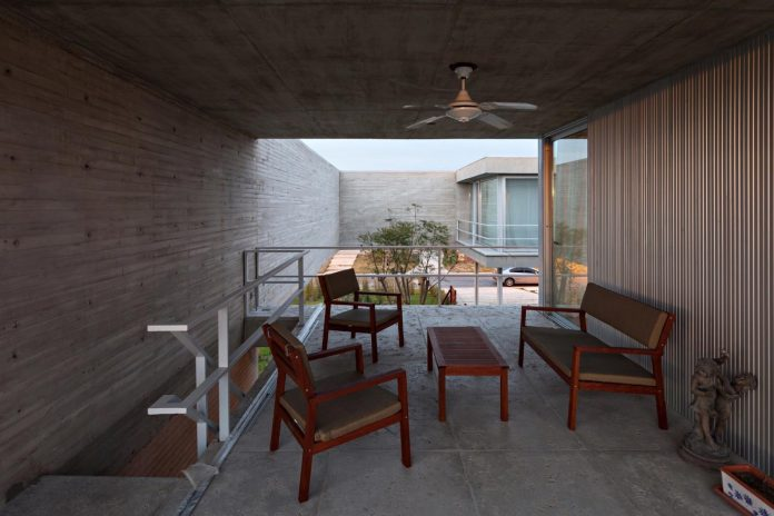 lamas-house-project-intended-criticism-type-detached-house-typical-villa-10