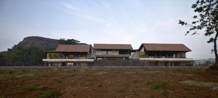 large-weekend-getaway-house-joint-family-consisting-three-smaller-villas-08