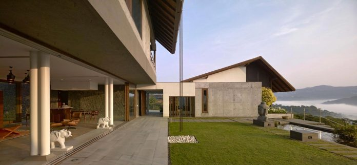 large-weekend-getaway-house-joint-family-consisting-three-smaller-villas-11