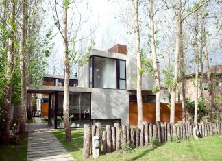 Las Gaviotas Set residence located in a dense and young poplar plantation, 300 meters from the beach