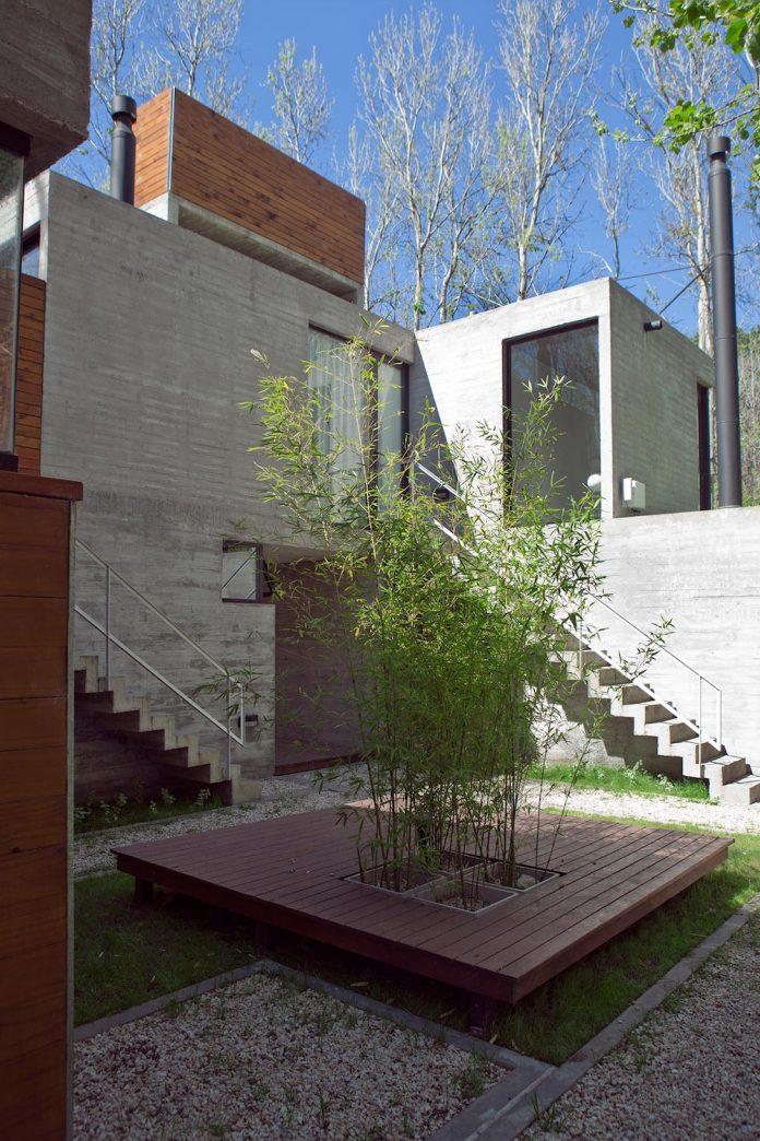 las-gaviotas-set-residence-located-dense-young-poplar-plantation-300-meters-beach-05