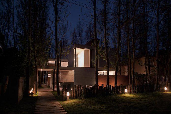 las-gaviotas-set-residence-located-dense-young-poplar-plantation-300-meters-beach-11