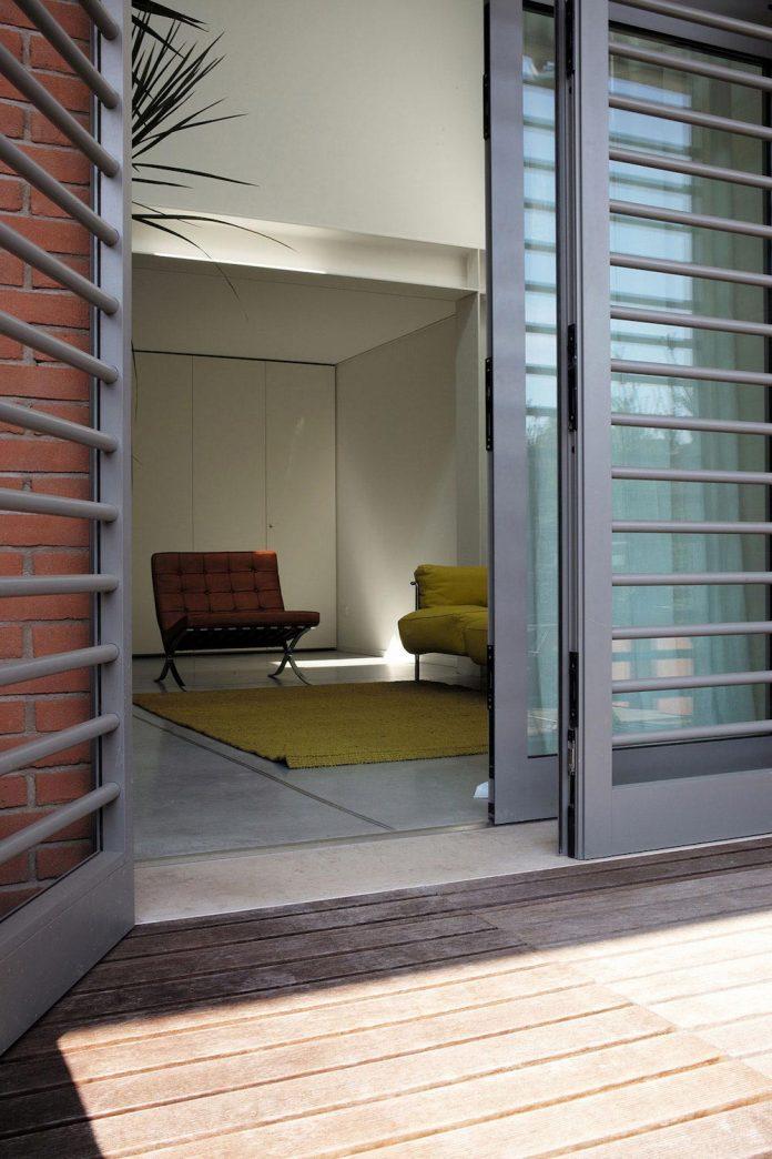 loft-ex-magazzini-generali-furniture-reflection-modern-vintage-design-02