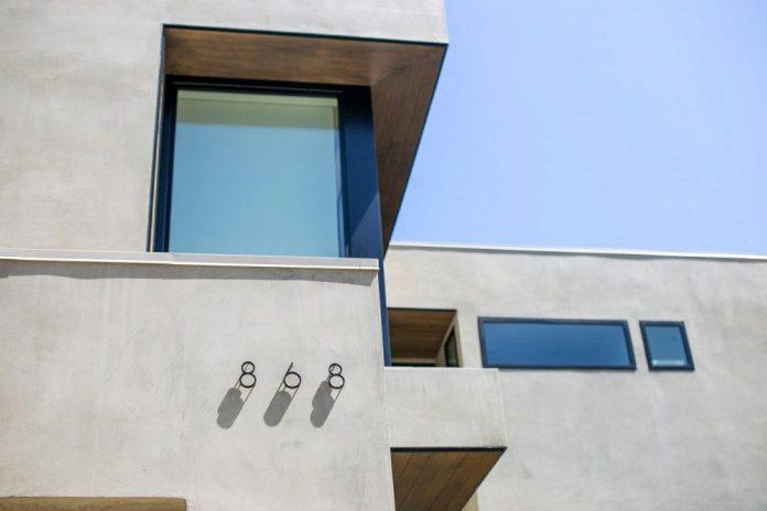 luxurious-shelter-open-air-resort-idyllic-brentwood-cul-de-sac-conceived-marmol-radziner-02