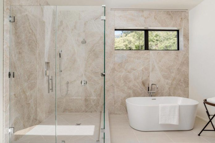 luxurious-shelter-open-air-resort-idyllic-brentwood-cul-de-sac-conceived-marmol-radziner-18